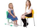 Регулируемый стул для школьника.